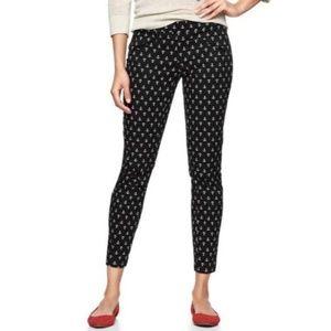 Gap • Super Skinny Black Anchor Print Khaki Pants